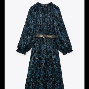 ❣️BNWT❣️Zara painted dress with belt